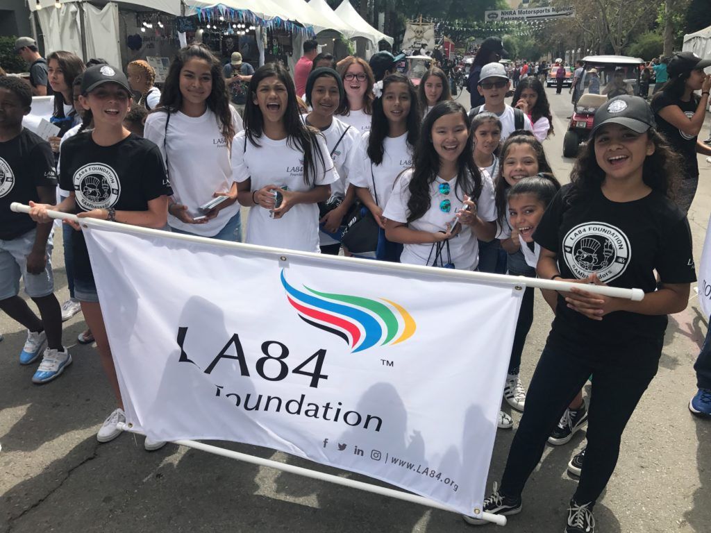 LA84 SAMbassadors, Sam the Eagle Participate in LA County Fair Parade